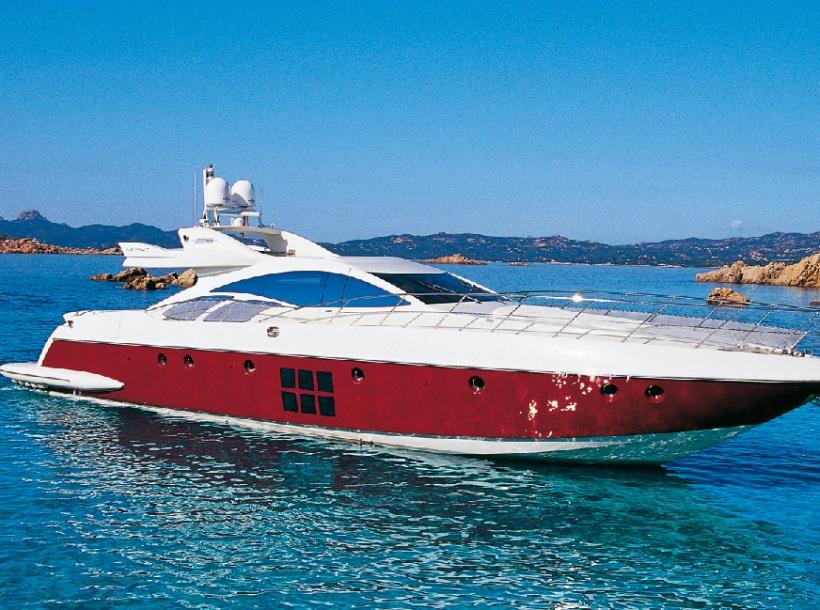 Yacht charter AZIMUT 86S. Builder: