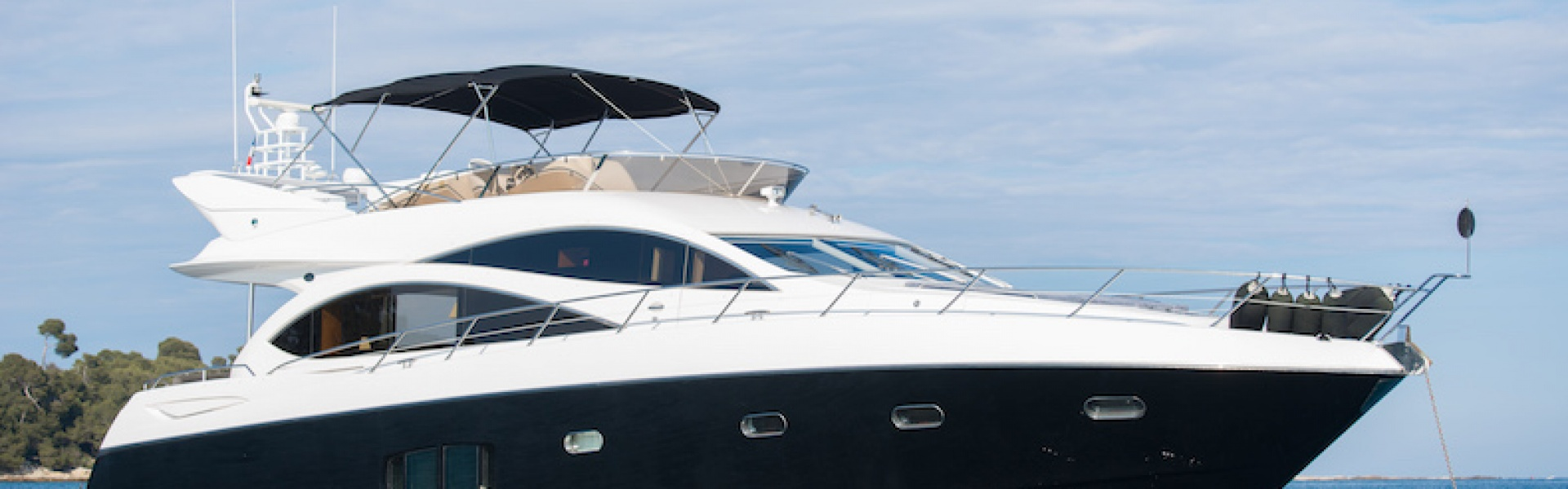 Yacht charter SUNSEEKER MANHATTAN 70