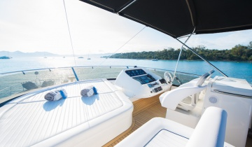 Flybridge SUNSEEKER MANHATTAN 70 - Boat picture