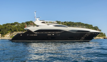 Flybridge SUNSEEKER Predator 115 - Boat picture