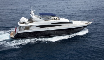 Rent Yacht Princess 95