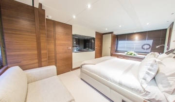 Flybridge PRINCESS 68 - Boat picture