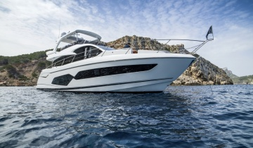 Yacht charter Sunseeker Manhattan 66