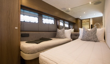 Flybridge PRINCESS 82 - Boat picture